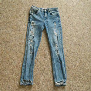 Zara Light wash Distressed Skinny Jeans